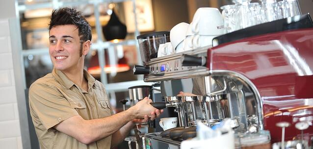 Barista_COSTA_COFFEE-463994-edited.jpg